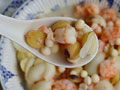 薏米莲子鲜虾煲