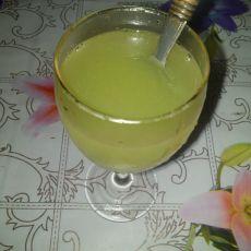 芹菜柠檬苹果汁