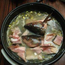 酸菜鱼头火锅