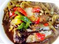 鱼头酸菜炖粉皮