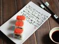 飞鱼籽寿司卷