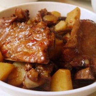 土豆炖排骨