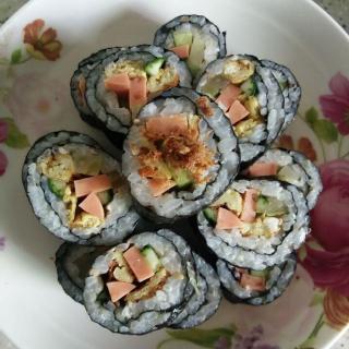 牛肉松寿司卷
