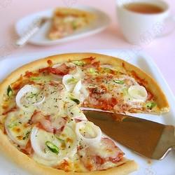 熏肉洋葱披萨
