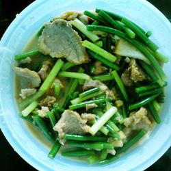 蒜苗炒咸肉片