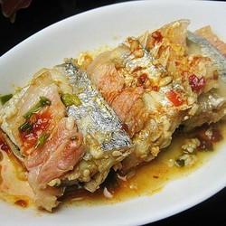 咸肉酒酿蒸带鱼