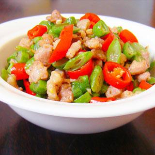 榄菜肉末豆丁