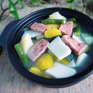 砂锅煲杂菜