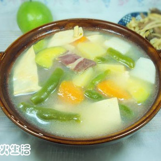 火腿砂锅杂菜