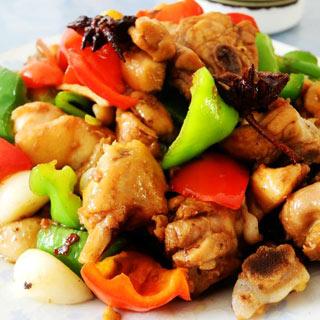 菜椒炒鸡块