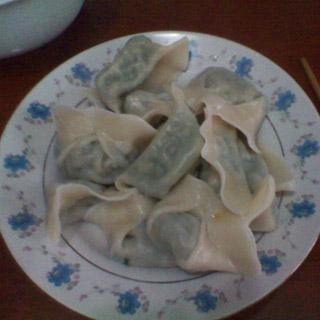 鱿鱼韭菜苔水饺