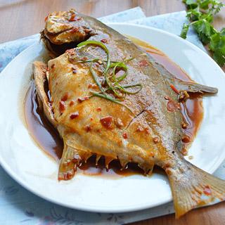 豆芽海带_鲳鱼营养_鲳鱼的鲳鱼价值_食谱的做菜谱和鲳鱼一起怎么做图片