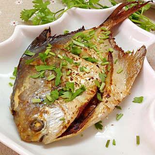 鲳鱼鲳鱼_营养菜谱_食谱的晚餐鲳鱼_鲳鱼的做广东价值菜谱大全图片
