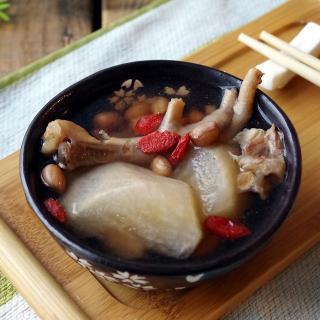 鸡脚花生汤