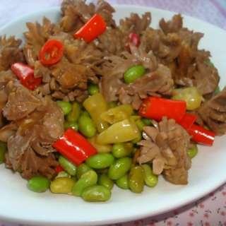 青豆炒鸡胗