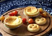 教你在家做蛋挞,简单又好做,假期朋友小聚,美味甜点做起来吧。