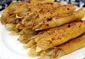 烤箱不是只能做烘焙,还可以做烧烤!来烤一份杏鲍菇豆皮卷吧!