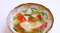 适合老人孩子以及病后初愈喝的棒骨西红柿面片汤