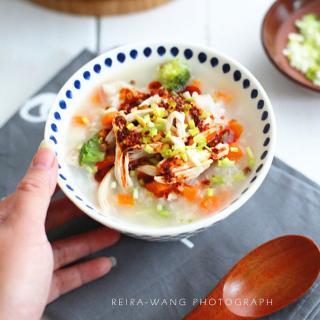 鸡肉培根蔬菜粥