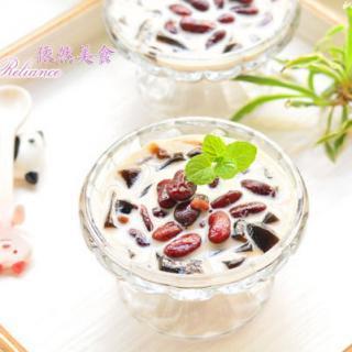 夏季甜品奶茶香蜜豆