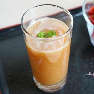 清凉解暑的樱桃汁
