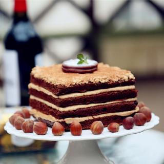 榛子巧克力蛋糕