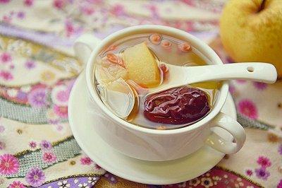 红枣百合雪梨糖水
