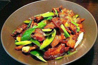 青椒蒜苔回锅肉