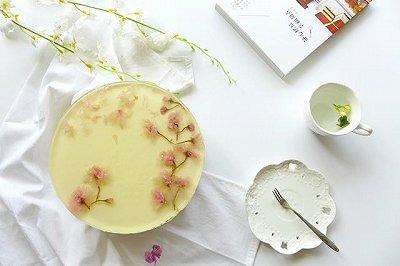 盛夏清凉甜品:酸奶黄桃奶酪慕斯