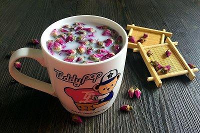玫瑰花奶茶