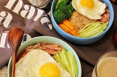 营养早餐:韩式拌糙米饭