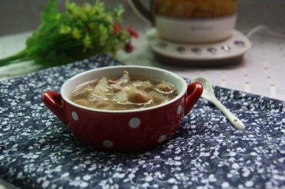 秋季润肺:雪梨川贝瘦肉汤