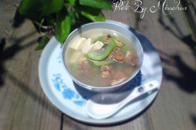 丝瓜豆腐汤
