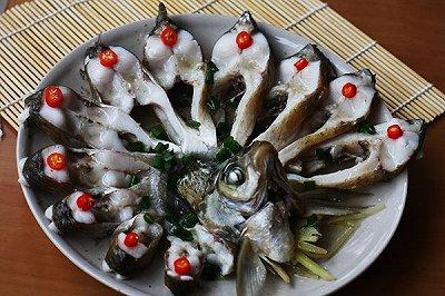 菜男孔雀开屏鱼