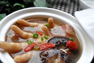 香菇枸杞鸡脚汤