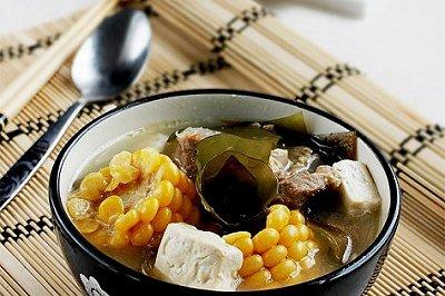 排骨豆腐海带汤