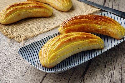 香蕉爆浆面包
