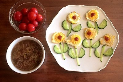 儿童早餐:小花煎蛋
