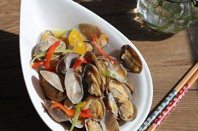 彩椒炒花蛤
