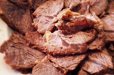 私厨酱香卤牛肉