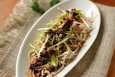 最上瘾的绝味川菜:棒棒鸡丝