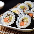 鳗鱼寿司卷