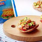 牛油果三文鱼芝士开放式三明治