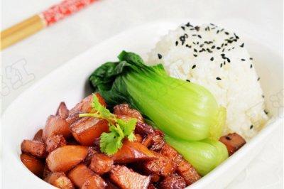 杏鲍菇卤肉饭