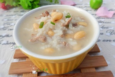 冬季暖身:黄豆瘦肉粥
