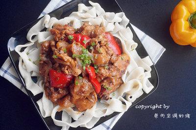 新疆大盘鸡——清真美食文化的奠基