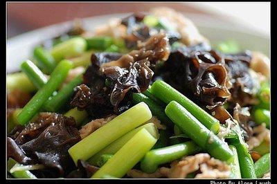 蒜苔过油肉