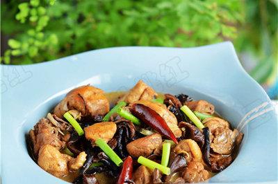 家常小鸡炖蘑菇