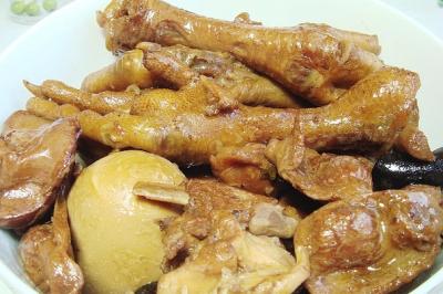 极鸡品卤味