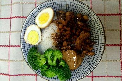 台湾卤肉饭(改良)